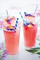 Floral Cocktail ©Bridesmagazine.co.uk