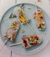 Edible flower & Elderflower Popsicles ©Found on chewtown.com